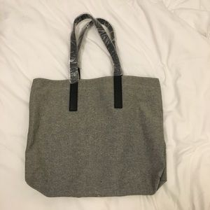 BMWT EVERLANE gray speckled tote